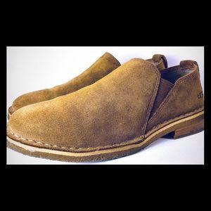 UGG womens Camillia Chesnut Suede Slip On Shoe